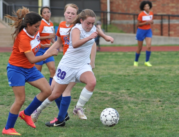 Abby Harper gets in front of Valley Park's defenders.