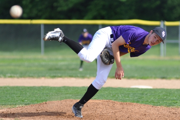 Bradley Jones pitches to Valley Park in the third inning.
