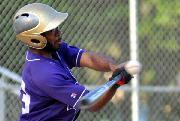 Quinton Keys makes contact with an inside pitch.