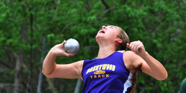 Sophia Rivera competes in the shot put at a meet in 2014. (Photo by Steve Bowman)