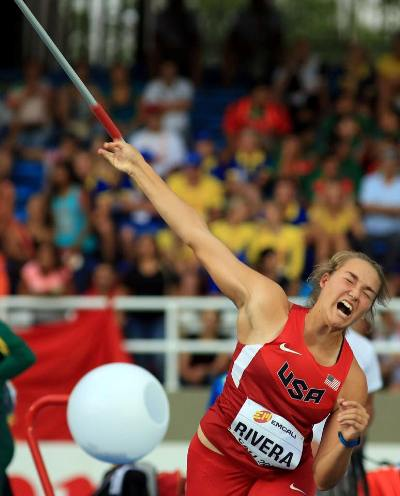 Sophia Rivera throws the javelin in Colombia.