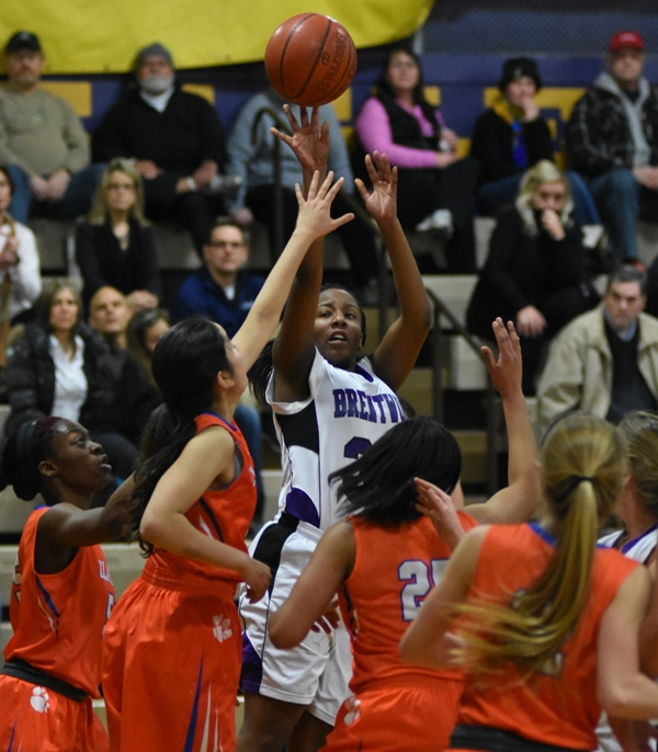 Marshelle Franklin shoots from the corner against Clayton.