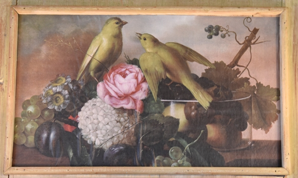 A painting of love birds at The Emporium St. Louis.