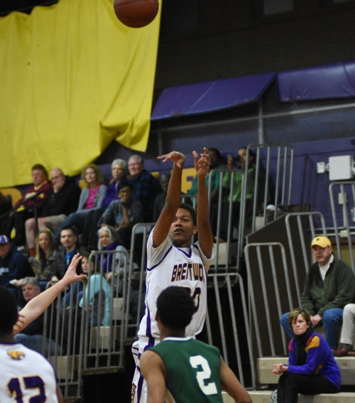 Nigel Bracey shoots in the Bayless game.