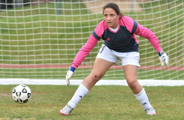 Goalkeeper Rachel Walthall gets warmed up before the Valley Park game.