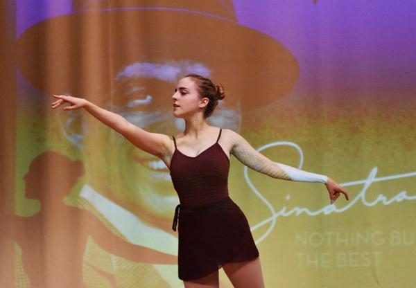 Senior Hannah Frankel performs a solo routine.