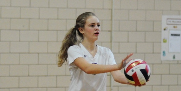 Brentwood High School junior Caroline Vandervoort was selected by the school to attend the Missouri Scholars Academy this summer at Mizzou. She is pictured in a BHS junior varsity volleyball game last fall. (Photo by Steve Bowman)